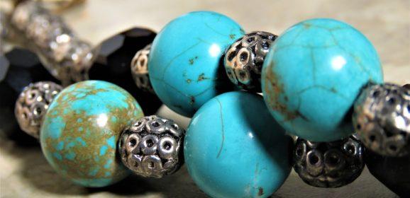 Bijou turquoise, une tendance pour toutes les générations